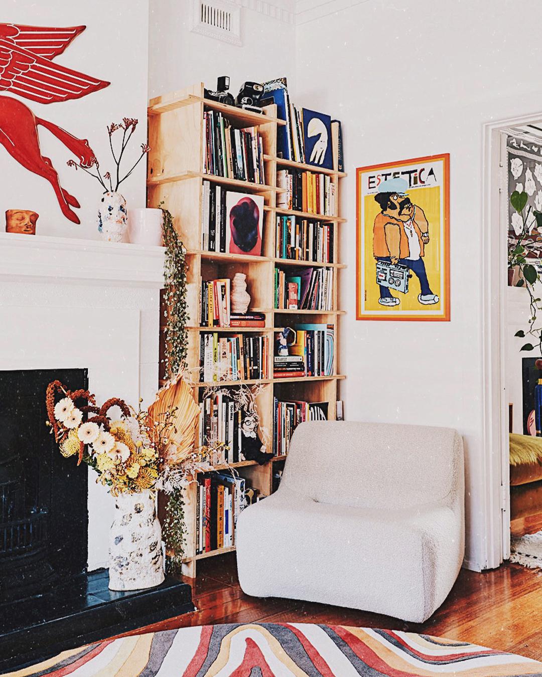 Dåligt samvete över To Be Read-högen? Skapa ett antibibliotek!