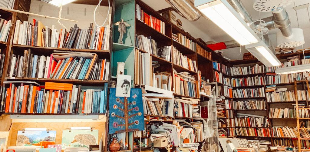 st pauls bok och papper bokhandlar stockholm