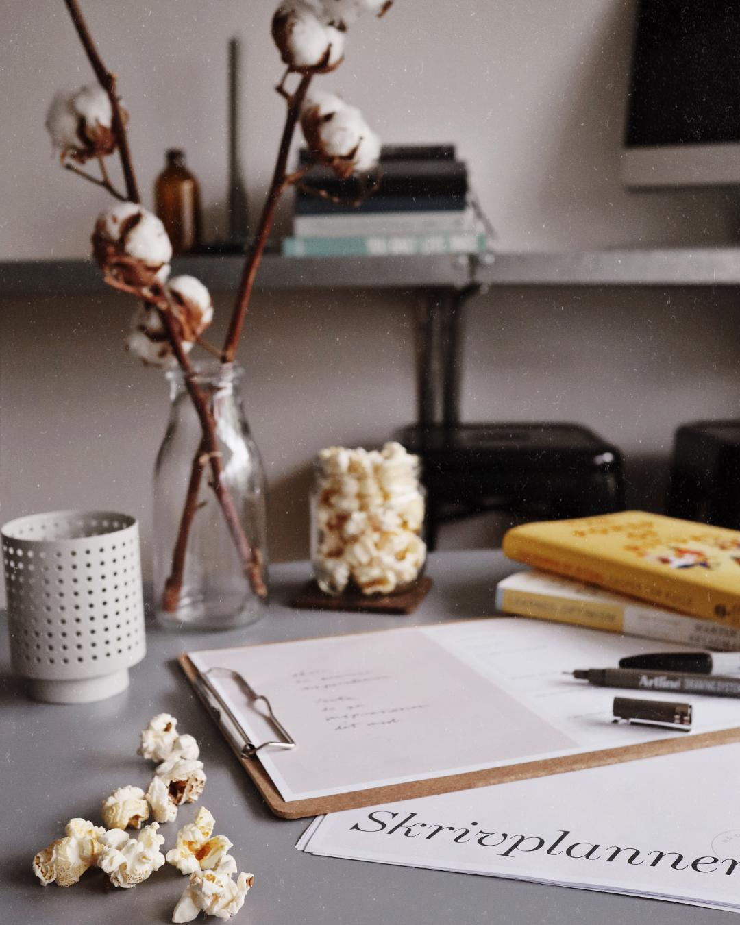 Blicka bakåt när du planerar framåt för att nå ditt skrivmål
